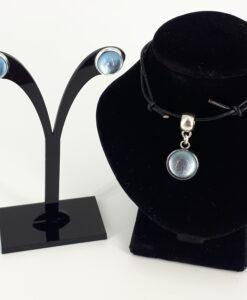 2-delt smykkesett med lys blå glass cboushone